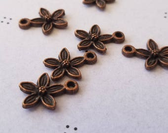 Antiqued copper Flowers Charms