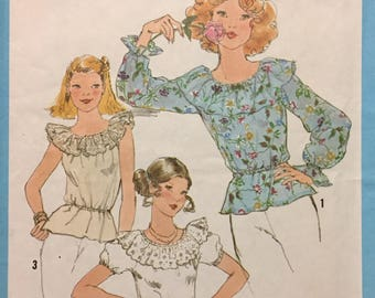 70's Misses' Pullover Blouse Simplicity 8390 Sewing Pattern  size 10 Bust 32  inches   Complete Sewing Pattern