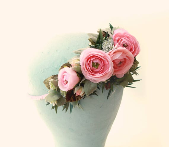 Pink flower hair crown, Ranunculus and greenery, Artificial floral head wreath, Bridal hair crown, Pink flower wreath, Wedding hair crown