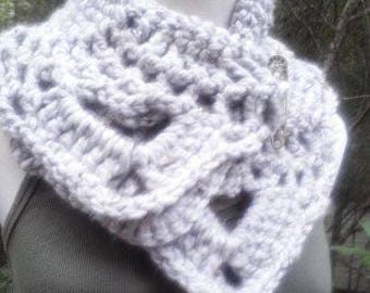 Chunky Gray Neck Warmer with Optional Pin READY to SHIP