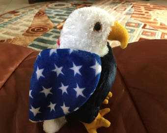 Vintage TY Eagle Soar, Stuffed Bird, Patriotic Eagle, excellent condition, red white blue