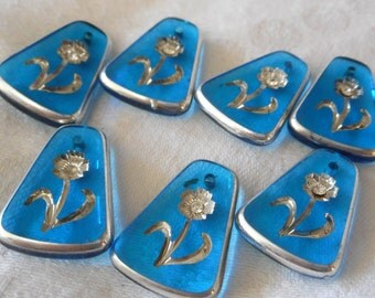 Set of 7 VINTAGE Silver Tint Flowers Blue Glass Jewelry Pendant Charms