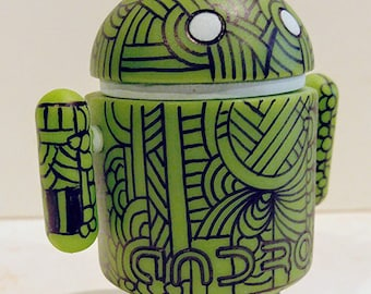 Custom vinyl green Android - Pop Art Toy by Howie Green