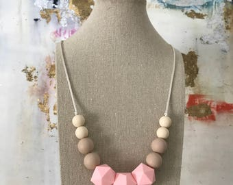 Teething Necklace - Silicone Beads - Chewable Jewelry - Mom Jewelry - Baby Gift - Neutral Pink Necklace