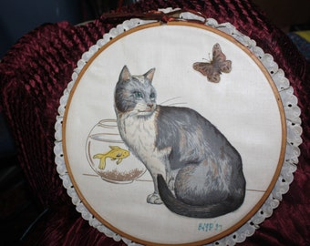 vintage framed hoop 3d cat with butterfly and fish wall decor