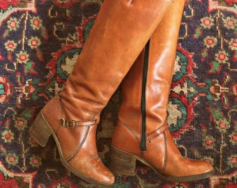 Vintage 70s wood heel boots / Hippie Boho leather boots / size 6 1/2