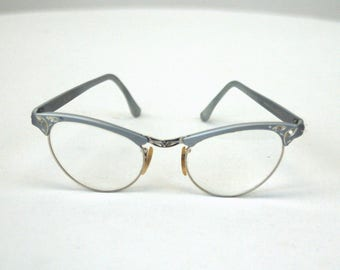 1950s 60s Artcraft Alum ladies cat eye glasses silver with gold etching 3.75 - 5