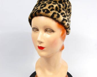 1960s Faux Leopard Fur Hat - Faux Leopard Fur - Leopard Fur // Early 60s High Crown Cossack hat // Pillbox Hat