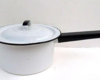 Vintage White Enamelware Pan with Black Trim and Lid 1 1/2 Quart