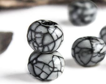 Greek Ceramic Beads, Smokey light Grey Crackle Glazed Ball Raku mosaic Bead Organic Black lines rounds jewelry boho rustic 12 to 14mm- 2pcs
