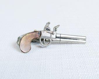 Vintage Flintlock Pistol Tie Clip with Abalone Grip, Pioneer