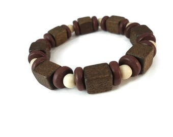Chocolate Brown Wood Bracelet White Beads, Two Tone Brown Unisex Jewelry Wooden Shapes, Neutral Stretch Bracelet Brown Wood Cube Beads