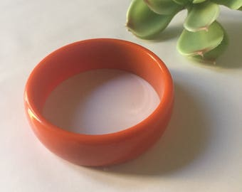 Bakelite Bangle | authentic 60s vintage mod mid century collectible womens round cuff bracelet - kitsch hipster retro one size