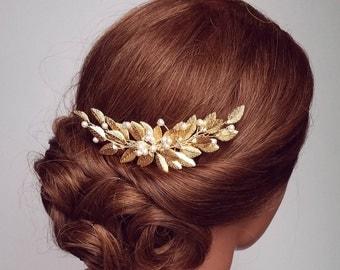 Gold Leaf Hair Comb, Leafy Hair Comb With Pearls, Pearl Vine Hair Piece, Leaf Hair pins, Bridal Hairpiece, Gold Hair Comb, Wedding Headpiece