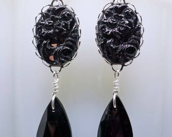 Deco Jet Drops // 1940s Japanese Jet Glass Drop Earrings on Silver Art Deco Midcentury Pinup Gothic Noir Bridal Bridesmaid Mourning Retro