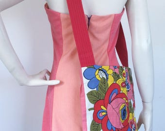 Spring Fling - Upcycled tote with vintage 60s floral print