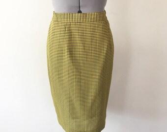 Vintage 80s Yellow and Black Houndstooth Skirt, Pencil Skirt, Plaid Skirt, Checkered Skirt, High Waisted Skirt, Size 28