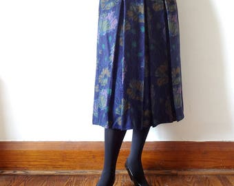 Vintage GEIGER Wool Skirt - pleated a-line poppy floral print from Austria size M