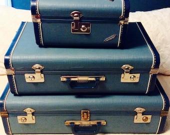 Mid Century Luggage Set Blue Train Case Carry On Suitcase Neevel Wayfarer