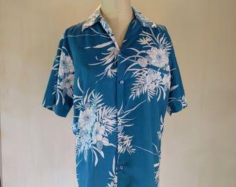 Hilo Hattie Blue & White Floral Hawaiian Shirt Top