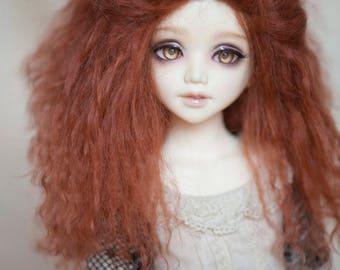 1/6 Size Short Reddish Brown Tibetan Mohair Wavy Wig for Unoa Volks BJD YOSD Dolls