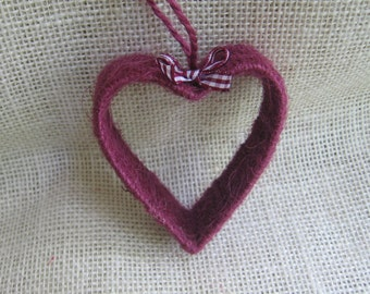 Primitive Heart Ornament, Cranberry Jute Twine Ornament, Rustic Tree Ornament, Christmas Decor, Heart Decor