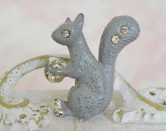 Vintage Gray Squirrel Enamel Brooch with Rhinestones and Nut