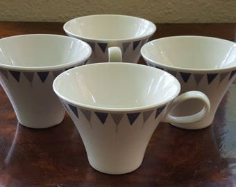 Rare! 1950s Mid Century Modern Impromtu Pyramids by Ben Seibel for Iroquois True China Coffee/Tea Cup