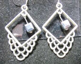 Earrings Jen 6 squares silver beads