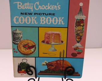 Betty Crockers New Picture Cook Book TEXT EDITION - 5 Ring Binder 1961 1st Edition 4th Printing - Recipes Cookbook  Kitchen Collectible Gift