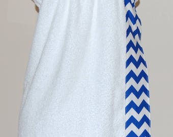 Monogrammed Towel Wrap with Royal and White Chevron Trim
