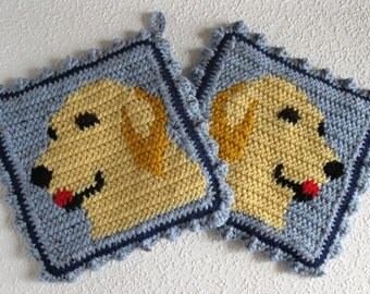 Golden Retriever Pot Holders.  Thick knit and crochet hot pad or potholder set. Yellow dog kitchen decor