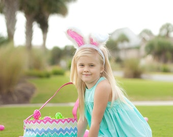 Personalized Easter basket for girls, pink chevron Easter bucket