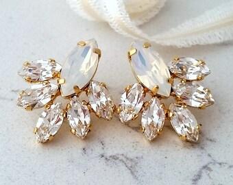 Bridal earrings,White opal stud earrings,Opal crystal stud earrings,Bridesmaid gift,white opal Cluster earring,Vintage Bridal earrings