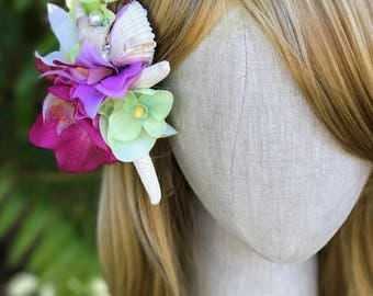 Tropical flower hair clip - bridal hair clip - beach wedding - flower - bridesmaid - accessory - barrette - beach. READY TO SHIP.