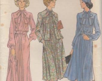 70s Dress and Jacket Pattern Vogue 9263 Size 10 Uncut