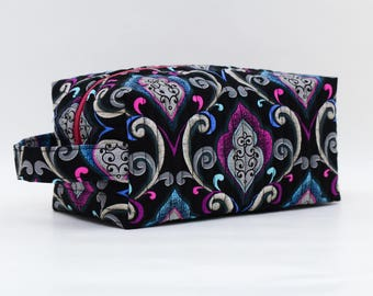 Elegant Swirl Purple/Pink Quilted Cosmetic Bag with Handle, Boxy Pouch; Boxy Bag; Make-Up Bag; Travel Bag; First Aid Kit; Shave Bag
