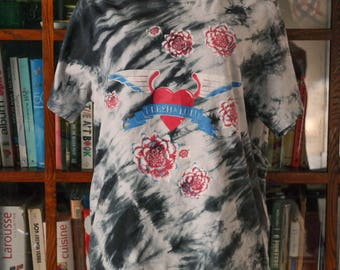 Flesh for Lulu / Authentic 1980s concert band tour tee shirt / blue-white tie dye winged heart cotton Hanes