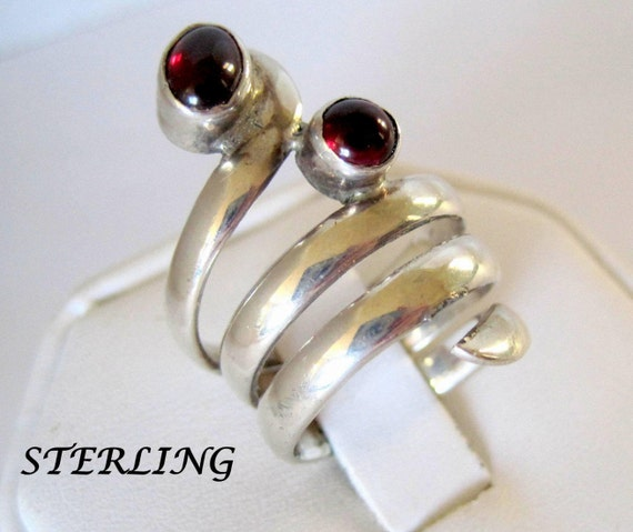 Sterling Garnet Ring - Bypass Ring - Wrap Size 6 -Wraps the Finger