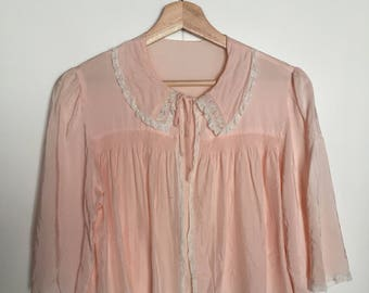 Pretty In Pink - Vintage 60s bed coat- size small or medium - pink