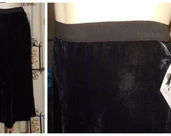 Vintage 1930s Skirt Black Silk Velvet Skirt Art Deco Flapper Film Noir Goth Skirt M waist to 29 in
