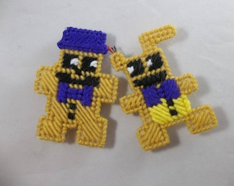 Five Nights at Freddy's Golden Fredbear and Springtrap Magnets