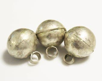 Ball Pendants made in Ethiopia, African Pendants, Ethnic Jewelry Making Supplies (AM60)