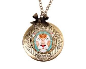 Leo Necklace, Leo locket, zodiac necklace, zodiac jewelry, Astrology sign,symbol jewelry, 2020m