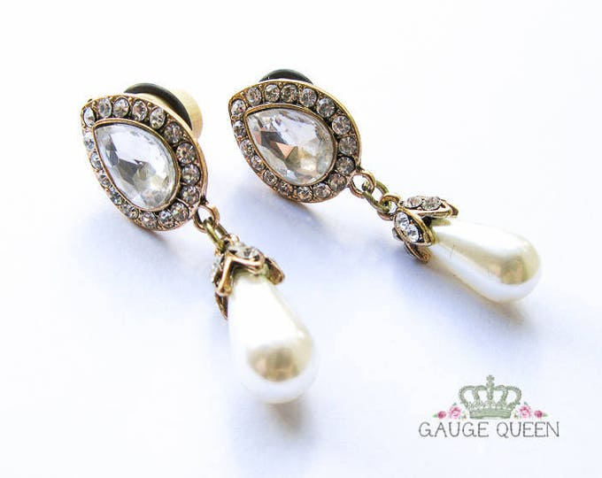 "Crystal & Pearl Drop Plugs / Gauges. 2g / 6.5mm, 0g / 8mm, 00g / 10mm, 1/2"" / 12.5mm"