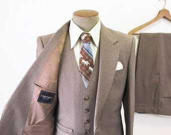 1970s 3 Piece Striped Suit Mens Vintage Disco Era Brown Pinstriped Sport Coat / Blazer, Vest & Pants by SARTAIN Et Cie - Size 38 (MEDIUM)