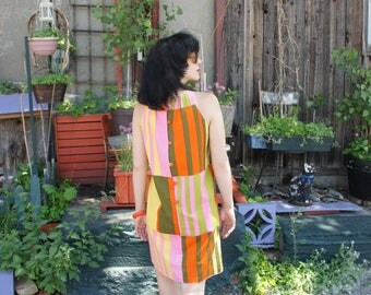 COLOUR-BLOCKED MOD 1960's Back-Buttoned Striped Cotton Sundress, by Creeds