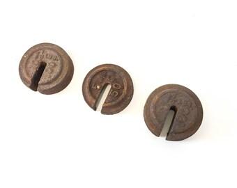 3pc Antique Cast Iron Platform Scale Weights 3/4lb 1 1/2lb Vintage Industrial Decor Paperweight