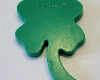Holiday Cookie Cutter - Green Plastic Tupperware Four Leaf Clover Cookie Cutter - St. Patrick's Day Cookie Cutter