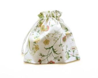 SALE || Drawstring Bag || Floral || 32cm x 30cm